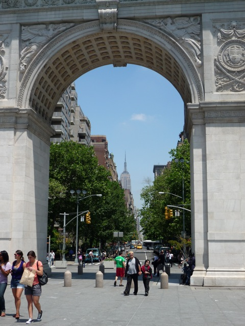 Triple combo : Washington Square, 5th Ave and The Empire State Building
