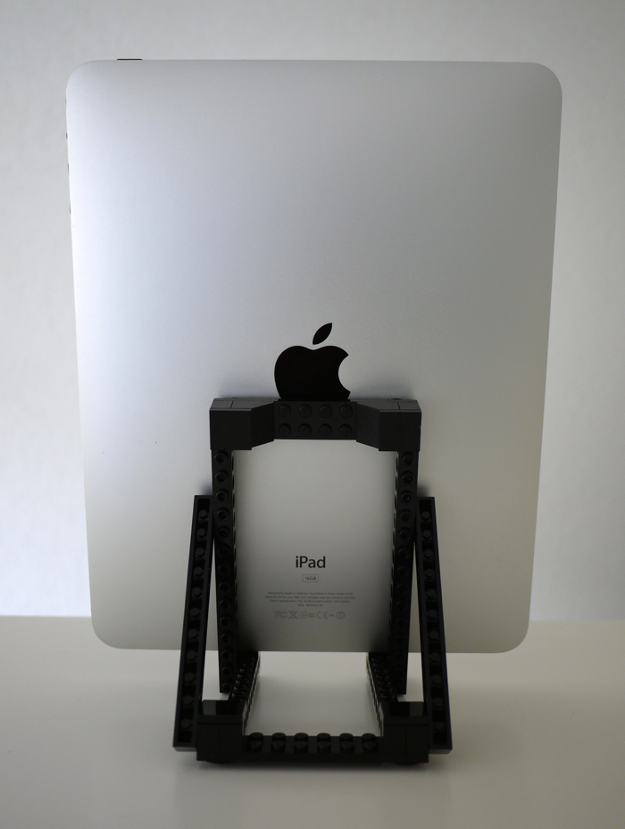 Back view with the iPad 1